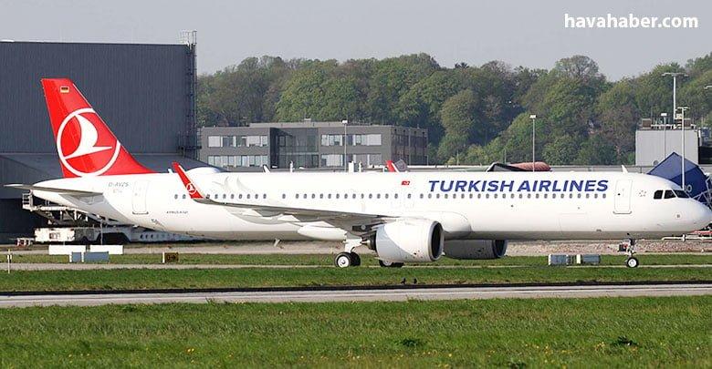 Türk Hava Yolları'nın Airbus'a sipariş verdiği A321Neo tipi TC-LSG tescilli uçağı önceki gece Türkiye'ye geldi.