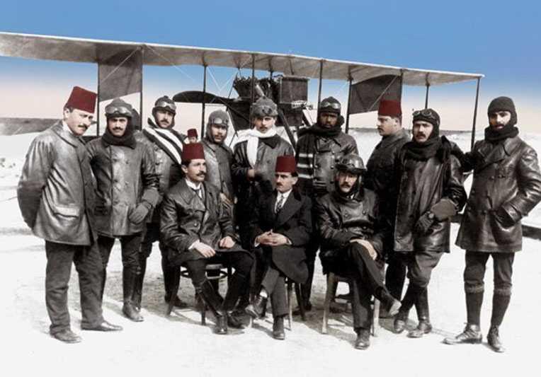 Dünyanın ilk siyahi pilotu Osmanlı askeri Ahmet Ali'nin film gibi hikayesi