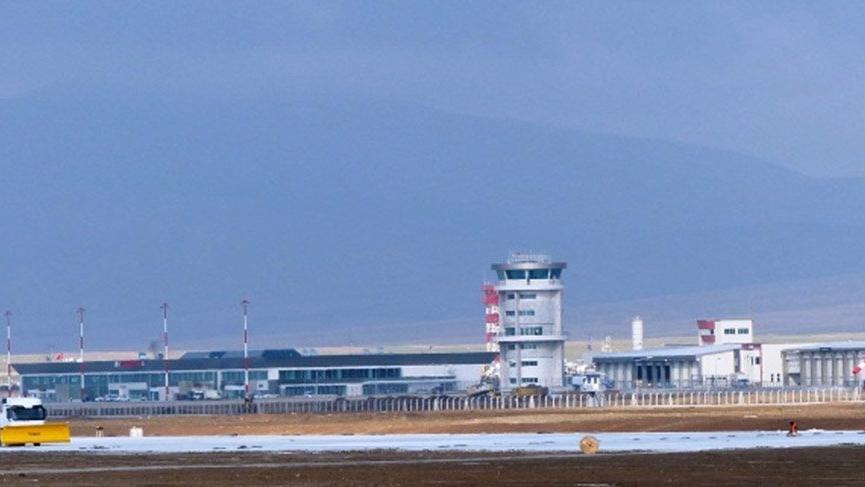 Kütahya'daki havalimanına 3 şehrin nüfusu kadar yolcu garantisi verildi.