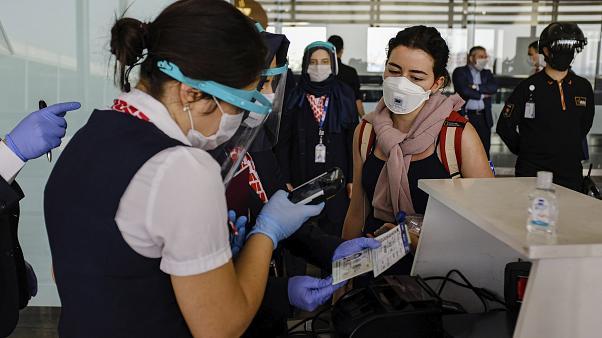 İsrail, Türkiye'nin de aralarında olduğu dört ülkeye seyahat yasağı getirmeye hazırlanıyor