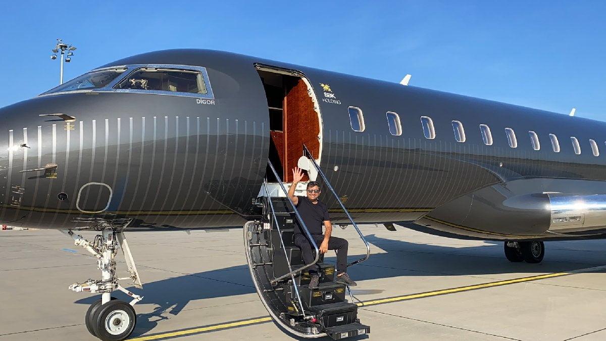 Bombardier Global Express XSR model uçağı bulunan SBK Holding'in patronu Sezgin Baran Korkmaz, sosyal medyayı oldukça aktif kullanıyordu.